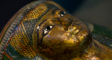 3D打印设备恢复古代美女木乃伊的脸